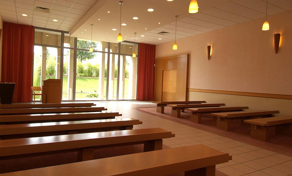 Photo de la salle de cérémonie du Crématorium de St-Ouen-l'Aumône